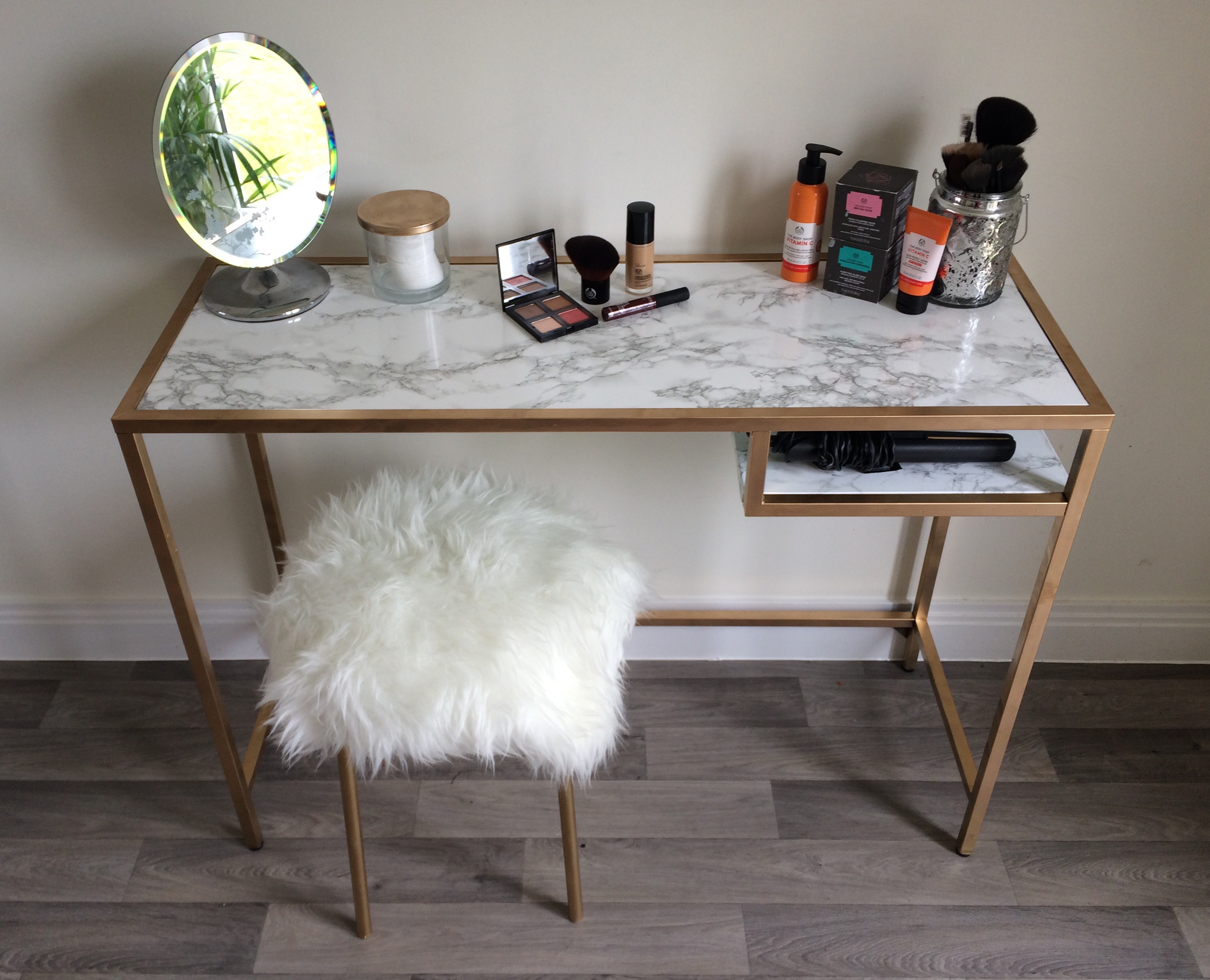 ikea hack bespoke make up table stool for under 60. Black Bedroom Furniture Sets. Home Design Ideas